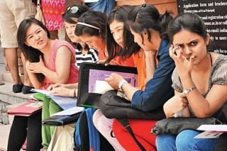 Students-phase-Delhi-University-admissions-wannabe